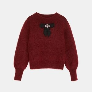 Zara Sweaters - ZARA soft feel sweater with bow